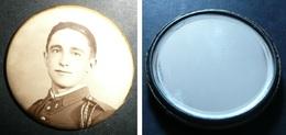 Rare Ancien Petit Glaçoide, Miroir De Poche, Photo Homme Soldat Militaire Militaria N°1 - Accessoires