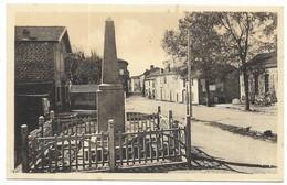 Vaour Place De La Mairie Et Monuments Aux Morts (Entreprise Jalabert, Albi) Edition Maury - Vaour