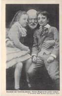 CELEBRITES Ecrivain - Victor HUGO Et Ses Petites Enfants - CPA - - Ecrivains