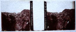 PHOTO STEREO SUR PLAQUE DE VERRE - VILLE SUR TOURBE - GROUPE DE COMBAT - MILITAIRE - ANIMEE - 10,6 X 4,4 Cm - Stereoscopio