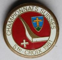 Médaille Broche émail 1981 Sainte Croix Ski Championnats Suisses Faude Gippingen - Invierno