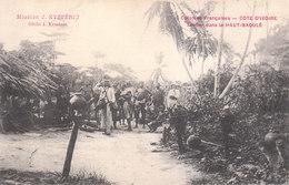 CPA COLONIES FRANCAISES - CÔTE-D'IVOIRE : SENTIER DANS LE HAUT-BAOULE (MISSION J. EYSSERIC) - Ivory Coast