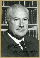 Louis Napoléon (1914-1997) - Chef De La Maison Impériale - Photo Signée En 1971 - Autographes