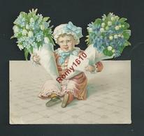 Très Ancien Découpis.  Enfant Avec Bouquets De  Fleurs,  Muguets -  2 Scans - Enfants