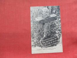 Christian Pligrim Cross    Orange   New Jersey -ref 3299 - United States