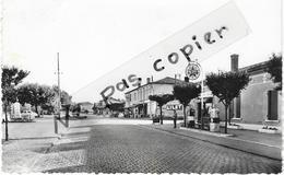 LA BARP - Le Centre - Pompes à Essence AZUR - Autres Communes