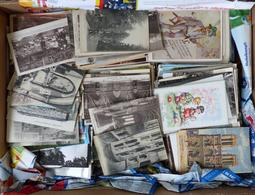 Motive Und Topo Bananenkiste Mit Circa 5 Bis 6000 Einfachen Ansichtskarten Davon 1/3 Vor 1945 Rest Danach I-II - Kamerun