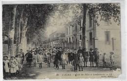 ALGÉRIE - L'ALMA - Ecole Des Filles Et Gendarmerie - Très Animée (A170) - Algérie