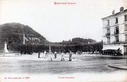 BRUYERES  Place Stanislas - Bruyeres