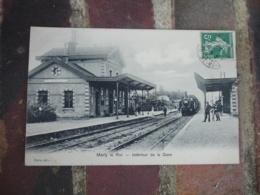 Marly Le Roi Arrivee Train En Gare - Marly Le Roi