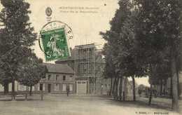 MONTDIDIER (Somme) Place De La Republique Echafaudage  RV - Montdidier