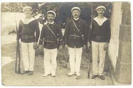 Cpa Carte-photo Soldats, Marins ( Tampon Cap D'Agde Au Verso ) - Personen