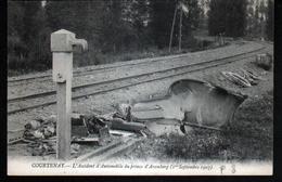 45, Courtenay, L'accident D'automobile Du Prince D'Aremberg - Courtenay