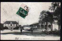 45, Courtenay, La Mairie Et La Halle Aux Veaux - Courtenay