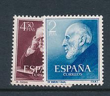 SPAIN YVERT 832/833 MNH - 1931-Aujourd'hui: II. République - ....Juan Carlos I