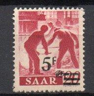 - SARRE N° 222A Neuf * - 5 F. S. 20 P. Rouge Carminé 1947 - PAPIER JAUNÂTRE - Signé Maison GUY - Cote 85 EUR - - 1947-56 Allierte Besetzung