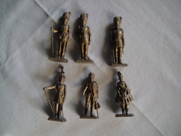 6 Figurines Mokarex Cantinière, Grenadier, Officier Grenadier - Militaires