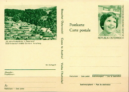 Austria Mint Postal Stationery Card With SOS Children's Village - Childhood & Youth