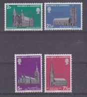 Guernsey 1971 Christmas / Churches 4v ** Mnh (42526) - Guernsey