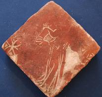 Pavé Médiéval Décoré Du XVe Siècle - Archéologie