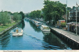 Postcard City Of Norwich Yacht Station Norfolk [ John Hinde ] My Ref  B13086 - Norwich