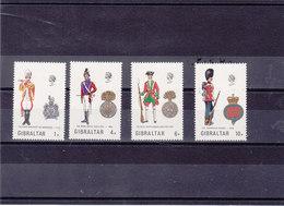 GIBRALTAR 1973 UNIFORMES V Yvert 297-300 NEUF** MNH - Gibraltar