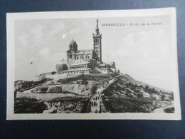 19927) MARSEILLE LOTTO DI 10 CARTOLINE -N.D. DE LA GARDE PHARE MARIE VIEUX PORT BASSIN CARENAGE CANEBIERE VIEUX PORT CAT - Marsiglia