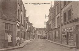 ST PIERRE DES NIDS . GRANDE RUE + COIFFEUR A L'ANGLE - Francia