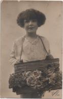 Cartolina Con Bambina E Fiori. Formato Piccolo Viaggiata Con Annullo Aldeno (Trento) 19.03.1927 - Altri