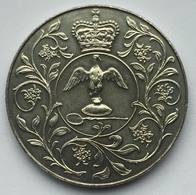 ELIZABETH II DG. REG FD - 1977 - Maundy Sets & Gedenkmünzen