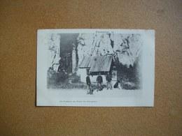 Carte Postale Ancienne De Pontarlier: Les Douaniers Aux Dames Des Entreportes - Pontarlier