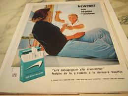 ANCIENNE PUBLICITE UNE EXQUISE FRAICHEUR CIGARETTE  MENTHOLE NEWPORT 1964 - Raucherutensilien (ausser Tabak)