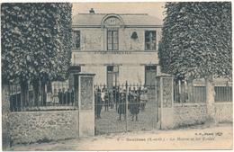 SENLISSE - La Mairie Et Les Ecoles - Francia