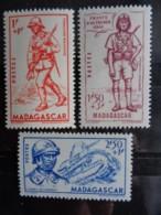 MADAGASCAR 1941 - Y&T N° 226 à 228 ** - DEFENSE DE L'EMPIRE - Madagascar (1889-1960)