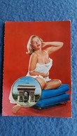 CPSM PIN UP  FEMME DESSOUS MEDAILLON VUE PARIS ARC DE TRIOMPHE ED VALLAZUR CARTE PARFUMEE - Pin-Ups