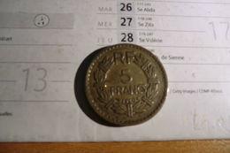 Pièce De 5 Francs 1946 En Cupro-aluminium - T T B - - France