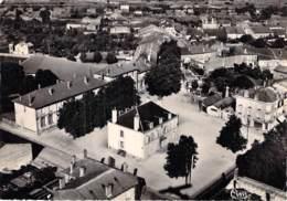 54 - JARNY : Vue Aérienne - Mairie Et Ecole Alfred Mézières - CPSM Dentelée Noir Blanc Grand Format - Meurthe Et Moselle - Jarny