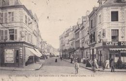 ABBEVILLE // La Rue Saint-Gilles à La Place De L'Amiral Courbet - Abbeville