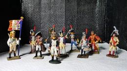Lots De 10 Soldats De Plombs Moyen Empire 6 Sont De Marques Starlux - Starlux