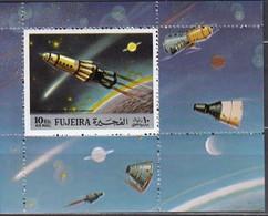 FUJEIRA  1972 - MiNr. 977 Block 103 A ** - Raumfahrt