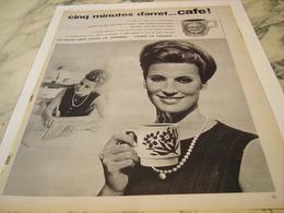 ANCIENNE PUBLICITE 5 MINUTES D ARRET CAFE 1964 - Posters