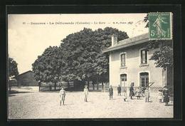 CPA Douvres-La Delivrande, La Gare - La Delivrande