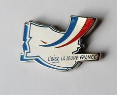 Pin's DEPRTEMENT L'Oise La Jeune France Signé Tosca - Villes