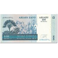 Billet, Madagascar, 100 Ariary, 2004, Undated (2004), KM:86a, SPL - Madagascar