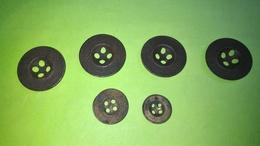Lot De 6 BOUTONS Anciens - Diamètre Environ 13 , 17 Et 22 Mm - Vêtement Armée Militaire Guerre Soldat /10 - Boutons
