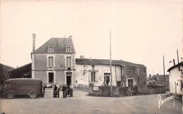 ¤¤  -  SAINT-JUIRE-CHAMPGILLON   -  Place Centrale   -  La Poste   -  ¤¤ - France