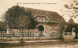 02* MOY DE L AISNE Bains Douches - Non Classés