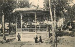 13* ARLES  Kiosque - Arles