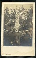 IRE LE SEC  55 =  CARTE POSTALE- RECUEIL AU MONUMENT AUX MORT - Francia