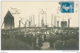 85.LES HERBIERS.N°43.CP PHOTO.BENEDICTION DE LA CROIX DE MISSION EN 1920.MOULINS A VENT.RARE - Les Herbiers